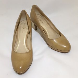 """Cole Haan Nike Air 2.5"""" tan leather pumps"""